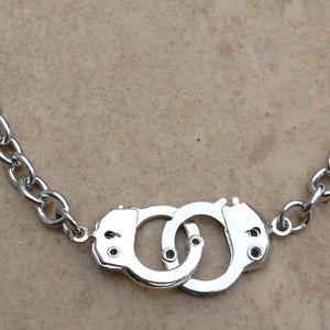 Silver Tone Link Handcuff Toggle Necklace